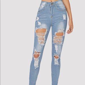 NWT! SHEIN Distressed Light Wash Skinny Jeans